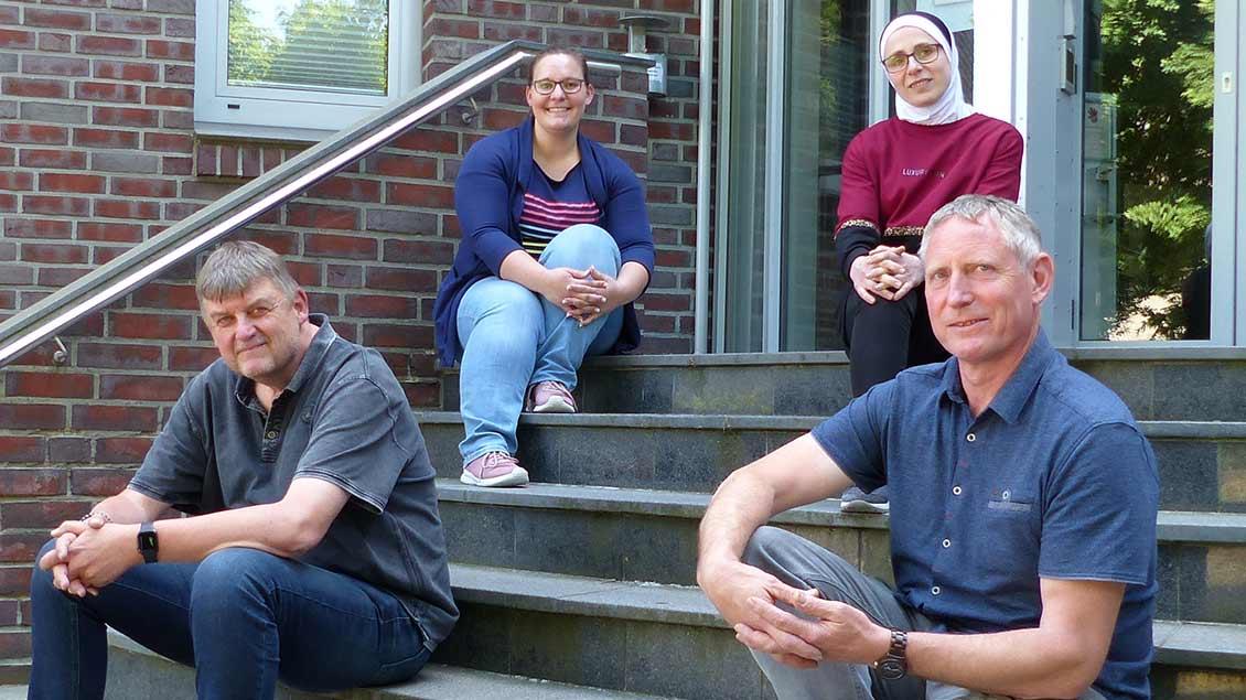 Drei sind über 27 und im Bundesfreiwilligendienst bei der Caritas.