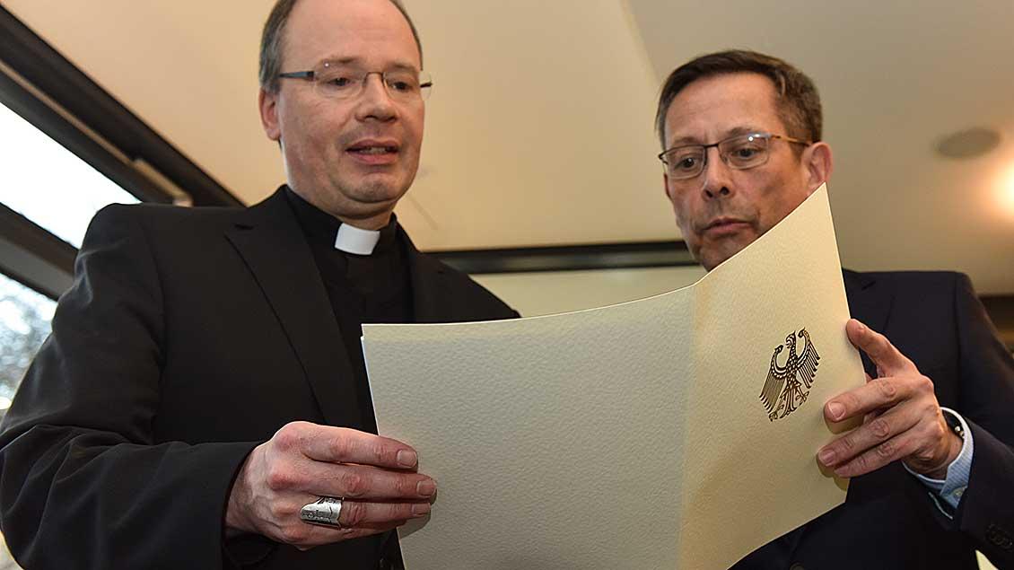 Bischof Stefan Ackermann und der Missbrauchsbeauftragte der Bundesregierung, Johannes-Wilhelm Rörig.