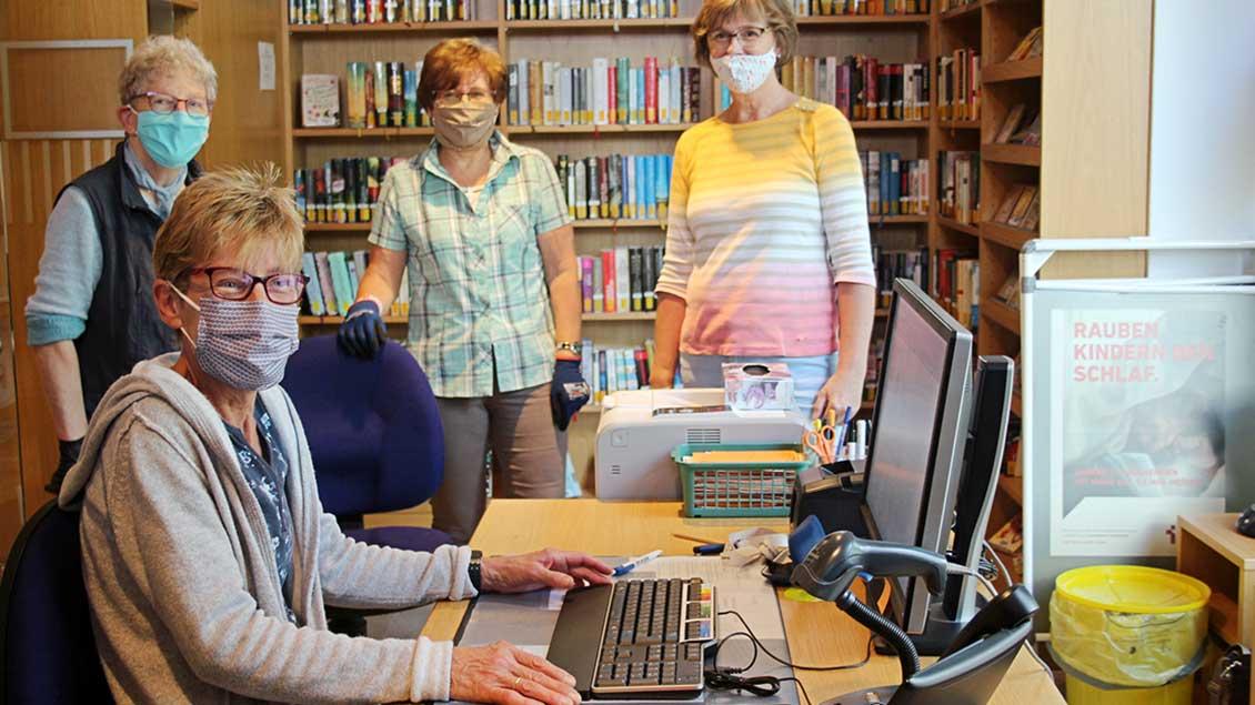 Rosi Schneider, Monika Stock, Ulla Eickelkamp und Bea Heßling.